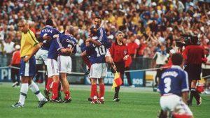 استادیوم استادو فرانس در فینال جام جهانی ۱۹۹۸ با نتیجه ۳ - ۰ فرابسه برزیل را برد